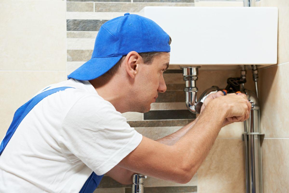 Na koszt spółdzielni mieszkaniowej – zamiast pogotowia hydraulicznego