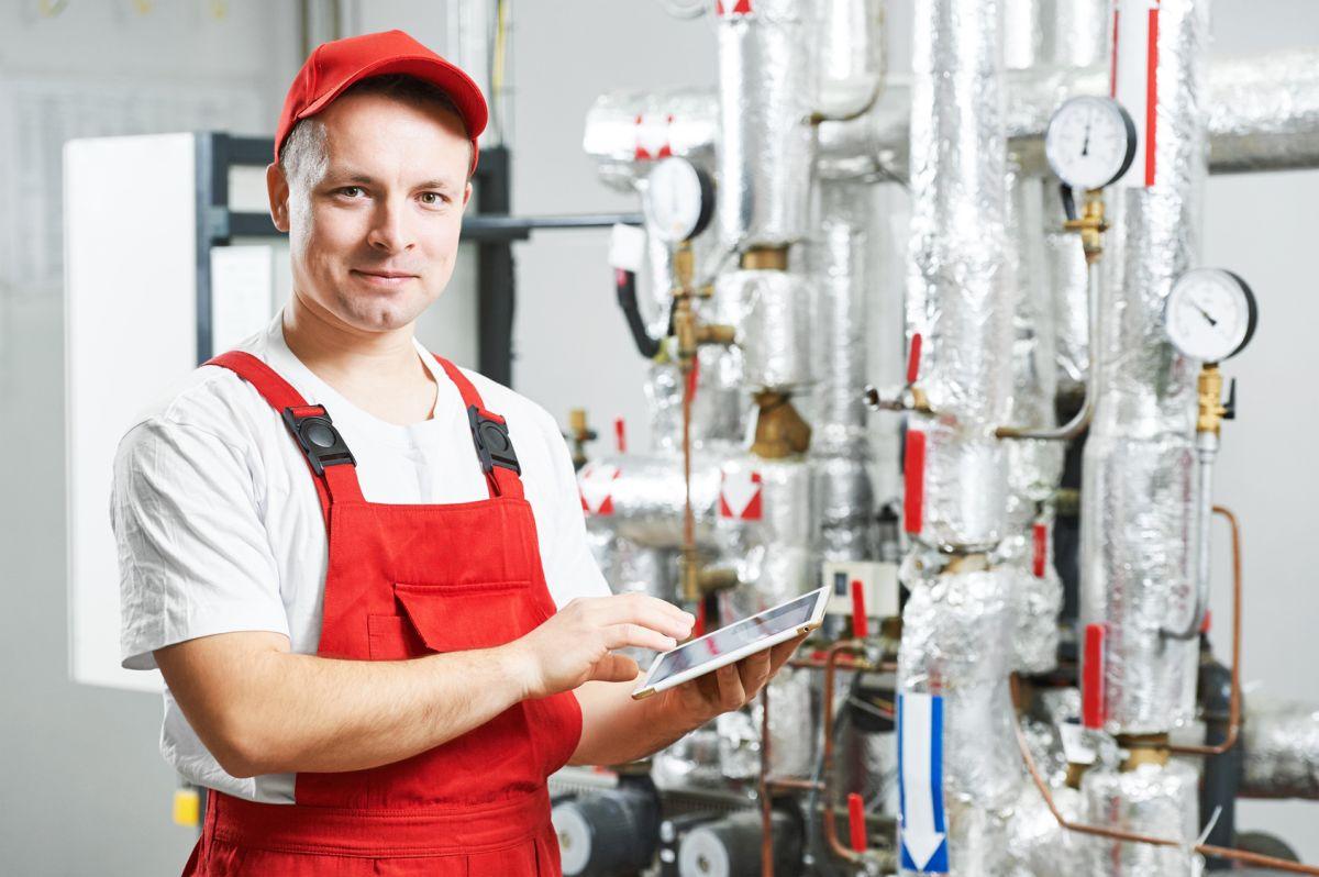 Wielozadaniowość w praktyce – usługi hydrauliczne dla każdego